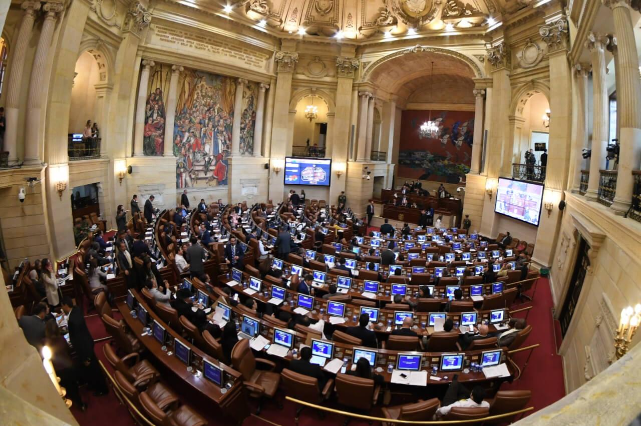 Informe Legislativo Del Capitolio al Territorio